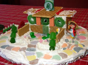 Graham cracker holiday houses