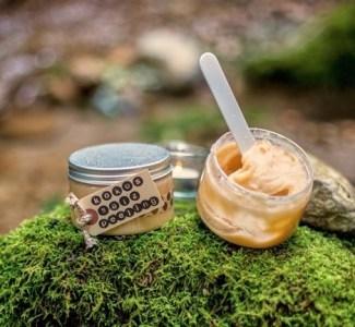 Körperpeeling mit Kokos & Himalayasalz – Ein einfaches Rezept zum Selbermachen!