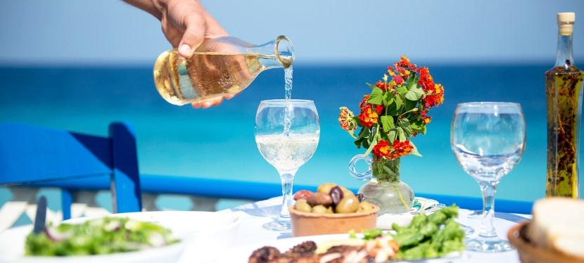 Best drinks for your self-catering holiday to Rhodes