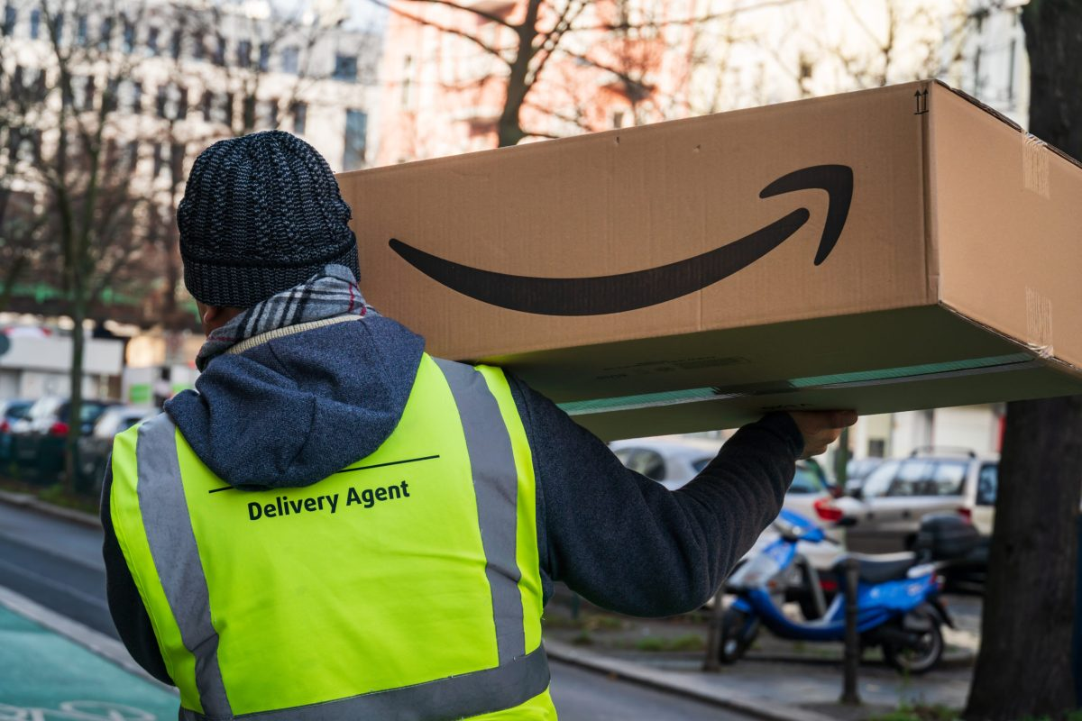 Back in Business: Amazon Sellers Can Ship Nonessential Products into FBA