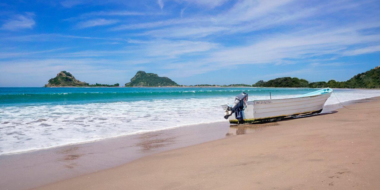 Resultado de imagen para playas de mazatlan