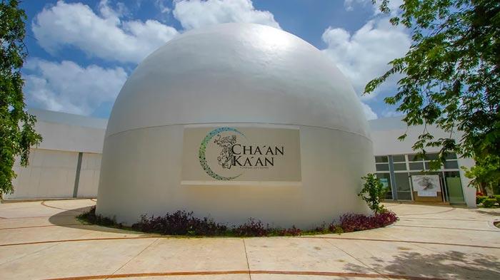 planetario maya