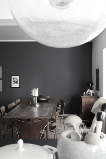 Grey walls in this masculine interior styled by German stylist Wolfram Neugebauer