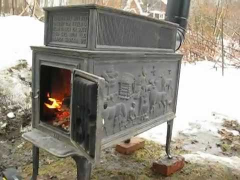 Don't you just love the reindeer scene on the side of this Jotul stove?