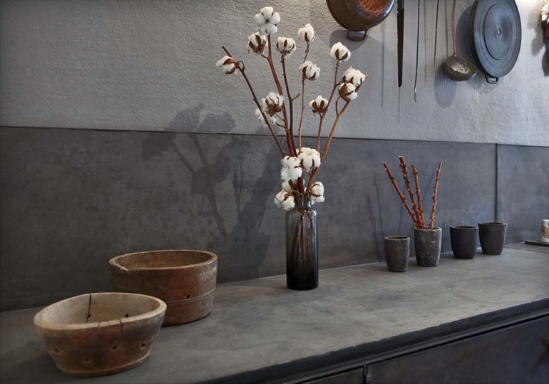 Concrete couter and backslash in interior designer Pietro Russo's own home