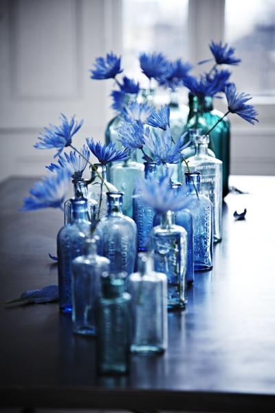 Blue glassware, beautiful - via Maison Belle