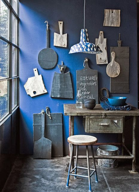 Classic Blue walls - via Interior Junkie