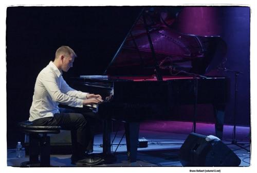 Evgeny Lebedev - World Trio door Bruno Bollaert