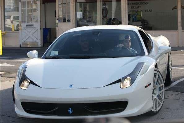 Justin-Bieber-Ferrari-458