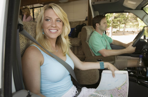 couple going on a road trip in an RV rental