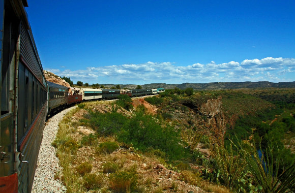 verde-canyon-train-romantic-ride-in-arizona-dp
