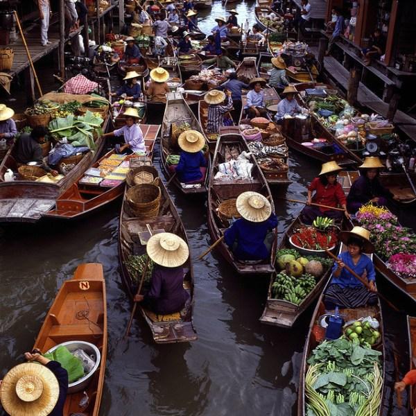 Плавучий рынок Ратчабури