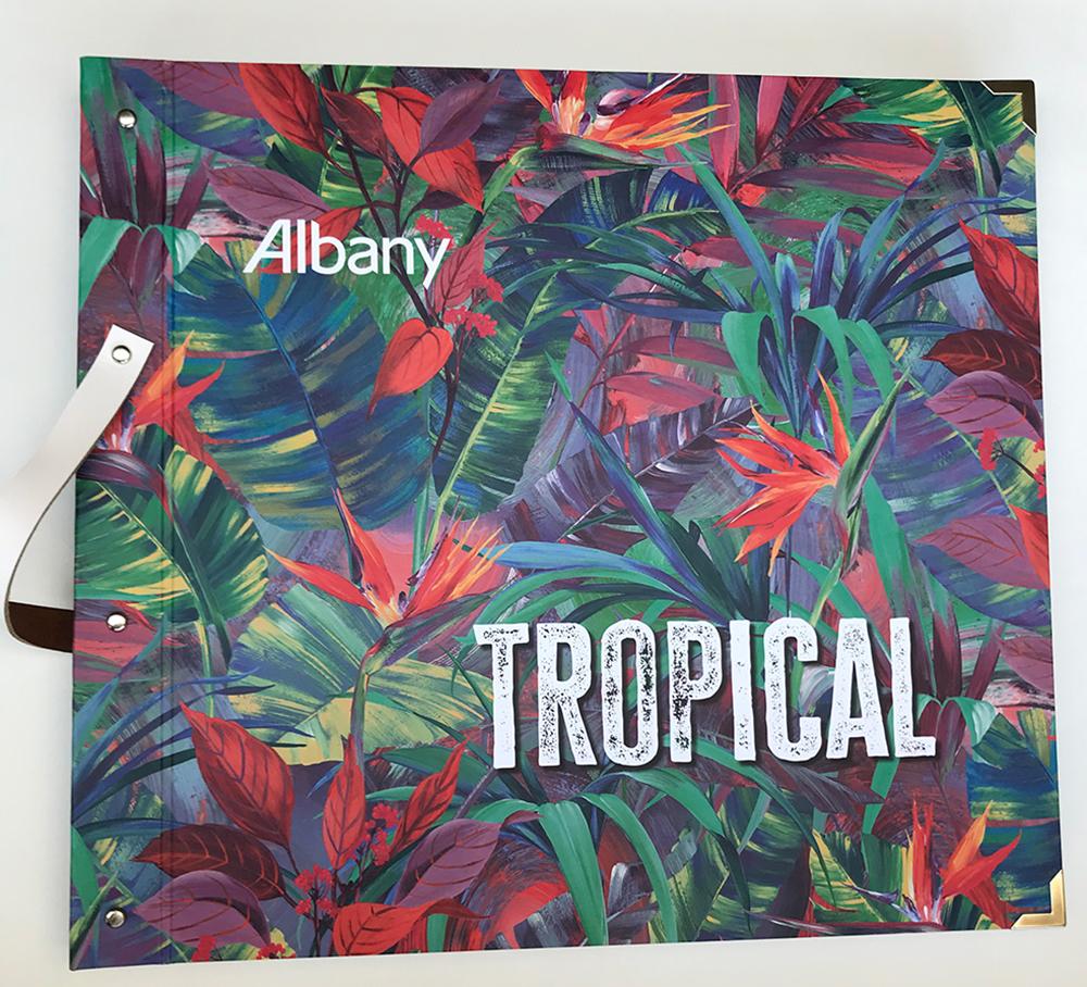 Wallpaper book club – Albany Tropical
