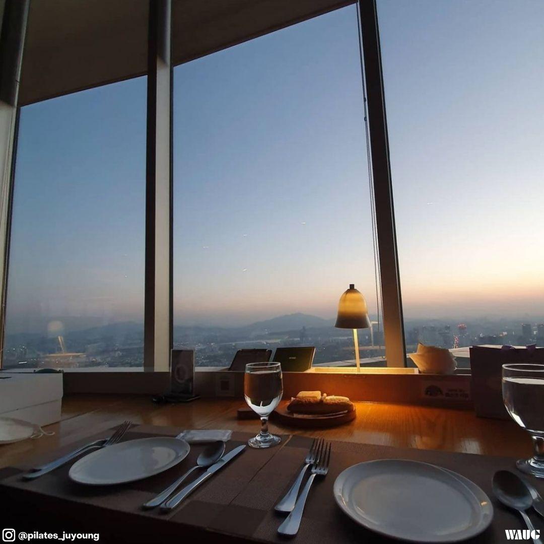 n-seoul-tower-restaurant-2
