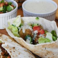 Falafel with Israeli Salad #SundaySupper