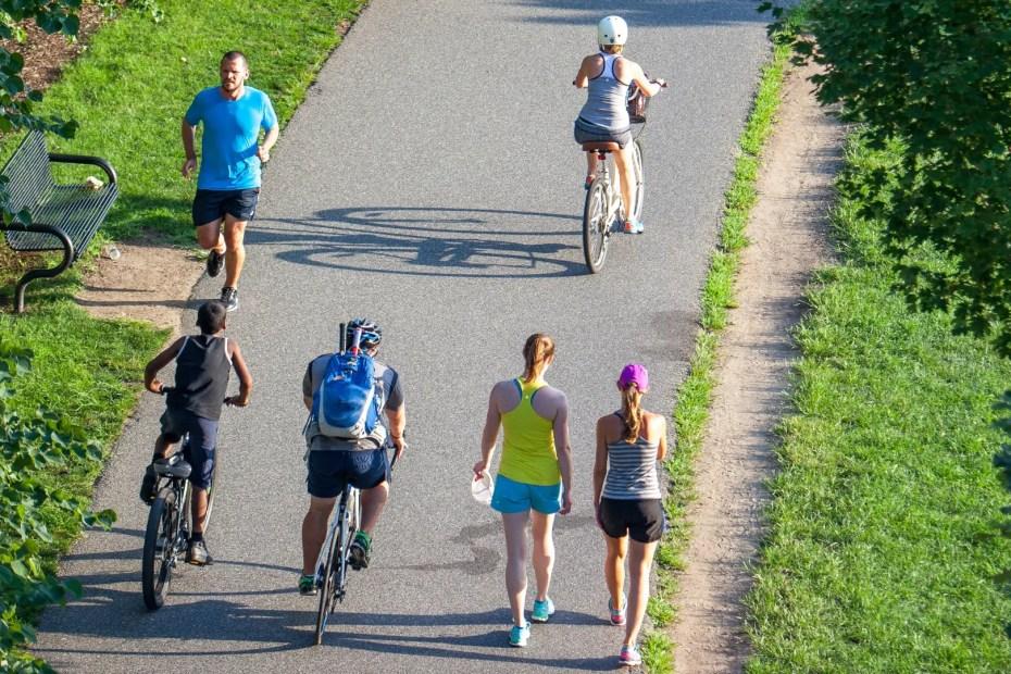 Cycling Vs Running Calorie Burn, Risks, Fat Burn