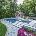 Swimming-pool landscaping: pretty with a minimum of debris
