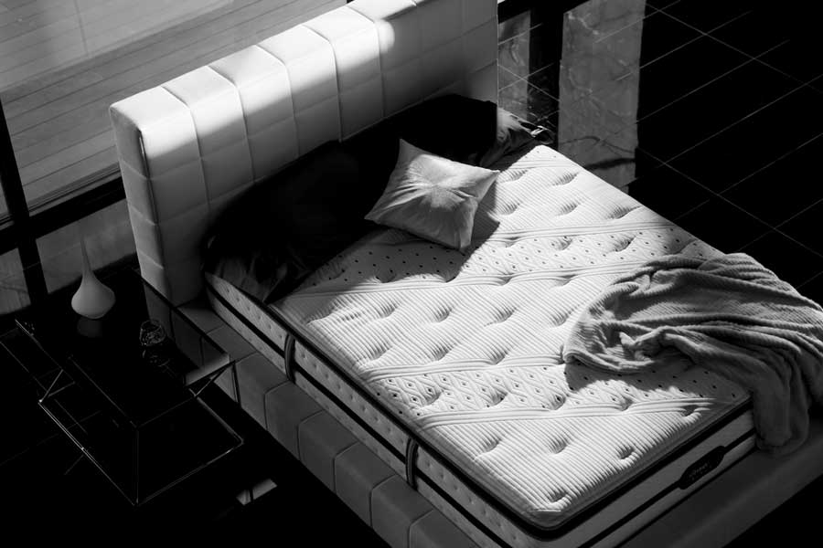 Beautyrest-Black-Room-Image-COMPRESSED