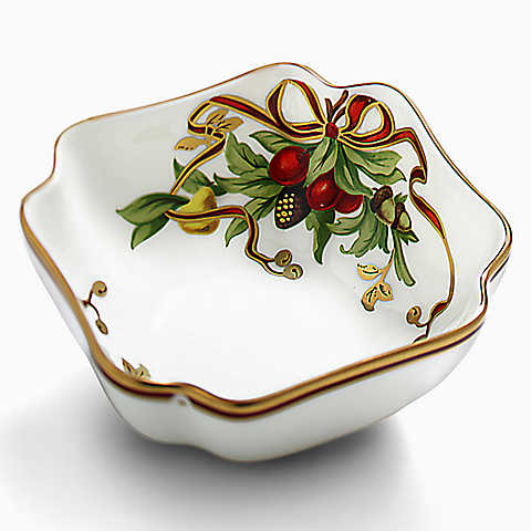 Tabletop: Holiday China - Pick Your Pattern   The Well Appointed ...