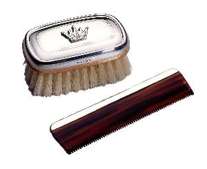 Royal sterling silver brush and comb set for the royal baby from www.wellappointedhouse.com