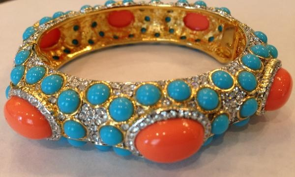 gold_and_crystal_turquoise_and_light_coral_hinged_bracelet