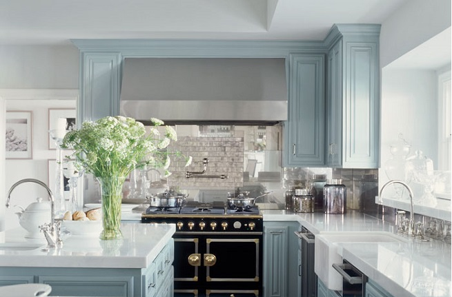 jennifer-lopez-robins-egg-blue-kitchen-cabinets