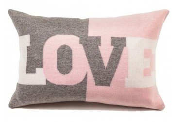 love_cashmere_pillow_in_pink_1