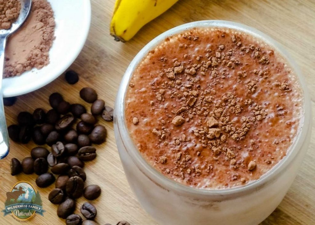 "Banana Mocha Smoothie {Paleo, Vegan, Dairy-Free} | Not quite a ""banoffee"" but more than just a mocha. A Cacabanoffee? Or a Mochanana? Either way, this mocha smoothie is freaking delicious and a totally guilt-free way to begin a morning! 
