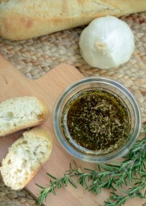 Roasted Garlic & Herb Olive Oil Dipping Sauce