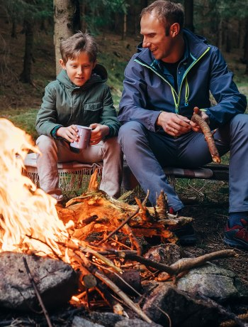 One of the biggest challenges of long road trips or camping is eating good quality, nourishing foods. With a little preparation, you don't need to resort to days of soggy gas station sandwiches. Here are 6 practical camping & road trip food storage tips to keep you eating Real Food no matter where you go!