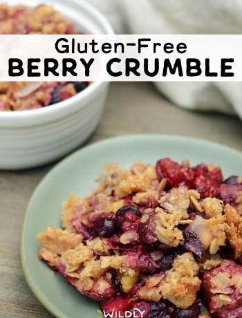 Photo of Gluten-Free Berry Crumble | This delicious gluten-free berry crumble is the perfect summer dessert. Bursting with flavor, the combination of sweet and tart berries pairs beautifully with the crunchy gluten-free topping. #glutenfree #berries #vegetarian #vegetarianrecipes #dessert #dessertrecipes #summerfood