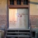 Die wieder verschlossene Torfront