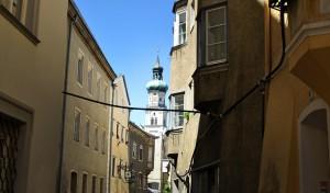 blick-kirchturm-hall-tirol