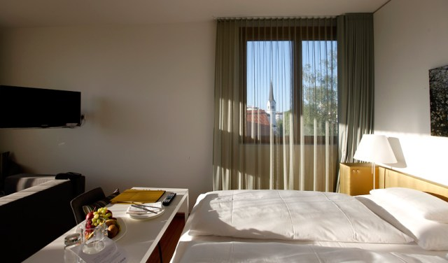 zimmer-hotel-am-see-hard