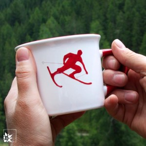 Gmundner Kaffeehaferl Skifahrer Toni bei wohlgeraten.de