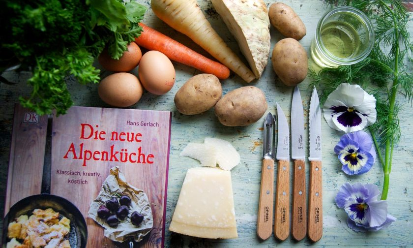 zutaten-kraeutersuppe-alpenkueche