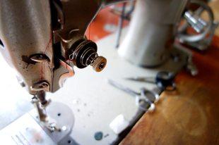 naehmaschine-schirmherstellung-kirchtag
