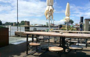 Ponton Container Café  Entenwerder1 Hamburg