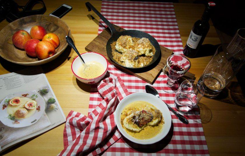 Abendessen im Gletscher Chalet - Küchentisch