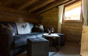 gletscher-chalet-sofa