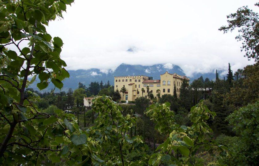 Blick auf Schloss Trauttmansdorff