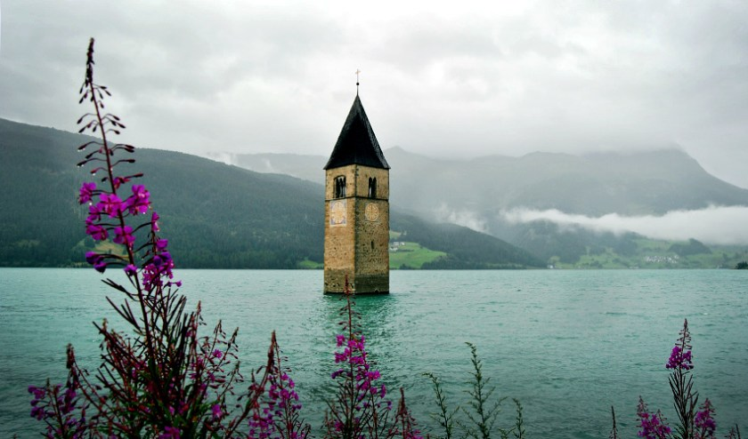 Turm Stausee Reschenpass