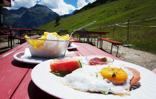 Mittagessen Elferhütte - Stubaital Tirol