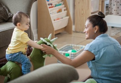 Toddler in family child care Pequenas Semillas