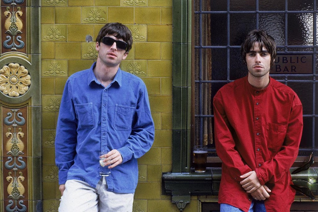 Oasis ©Credit Kevin Cummins_Idols WE RESERVE THE RIGHT TO INCREASE REPRODUCTION FEES BY 50% FOR ANY CREDIT OMITTED PLEASE AGREE FEE BEFORE USAGE Restrictions : This image is subject to Idols standard terms and conditions of reproduction and delivery. Please note this image is supplied in Adobe RGB (1998) Colourspace. A CMYK conversion calibrated to the printing process will be required for accurate reproduction. NO PORN
