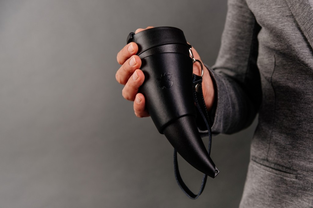 Goat-Story_Goat-Mug-Real-Leather-Black_low-res-1100x734