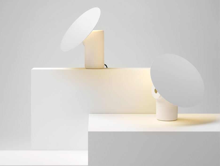 polar-desk-lamp-ross-gardam-lighting-milan-design-week_dezeen_936_3
