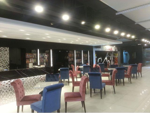 龍山寺地下街商場店面木工裝潢-咖啡廳
