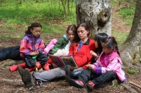 Robin Friesen with Junior School students at Pacific Spirit Park