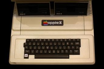 Apple_II_IMG_4227.jpg